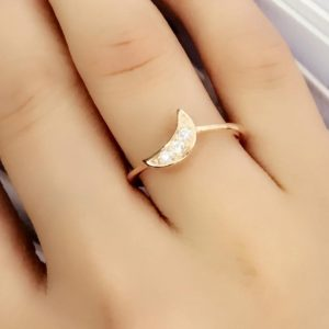925 Sterling Silver 0.2 Carat Cubic Zirconia Moon Ring