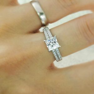 1.85 Carat Princess Cut Cubic Zirconia 925 Sterling Silver Ring