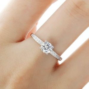 5mm Brilliant Cut Cubic Zirconia 925 Sterling Silver Ring