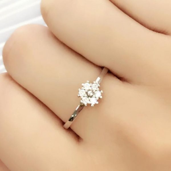 925 Sterling Silver Cubic Zirconia Beautiful Fancy Ring