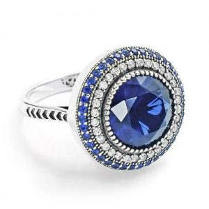 Stunning Sterling Silver Blue Crystal Ring 18mm