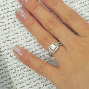 Stunning Princess Cut Cubic Zirconia 925 Sterling Silver Ring 9.5mm